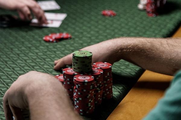 5 เทคนิคเล่นบาคาร่าทำเงิน พร้อมรู้จักวิธีเดิมพัน - อย่าเล่นตามอารมณ์มากเกินไป